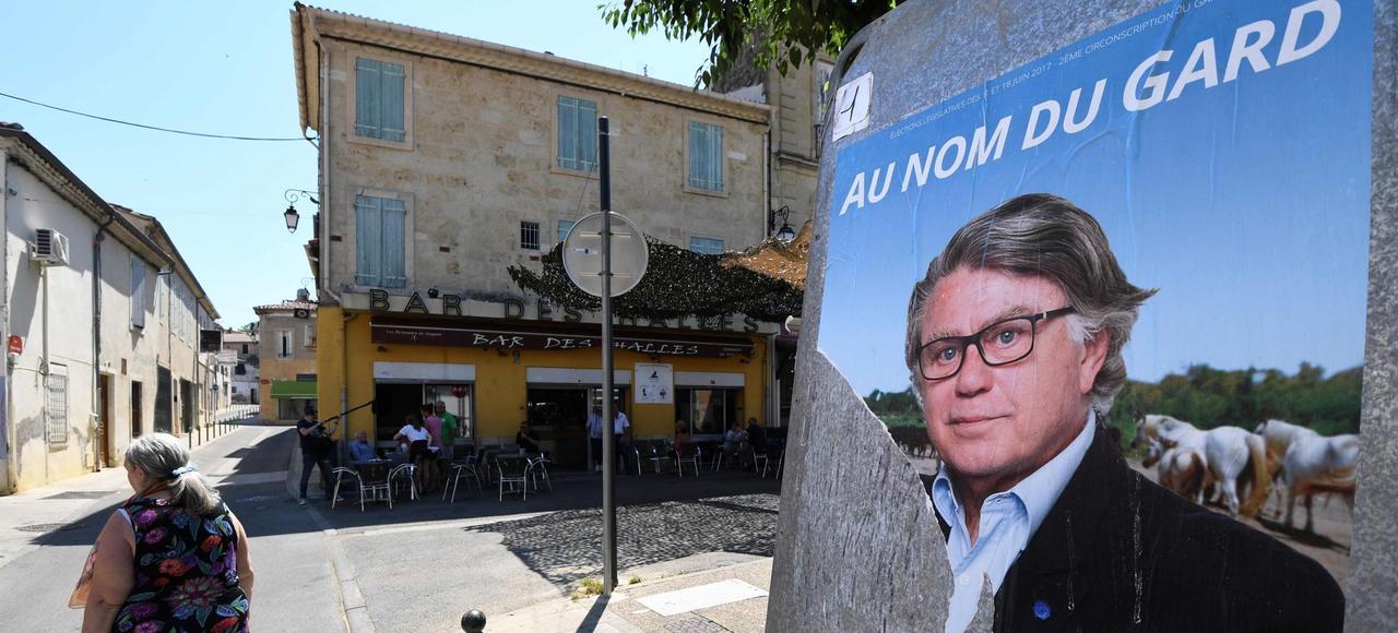 Gilbert Collard,député sortant soutenupar le FN, est misen difficulté dansla 2e circonscription du Gard,par Marie Sara (REM), qui a lancé un appel au front républicainet aux abstentionnistes.