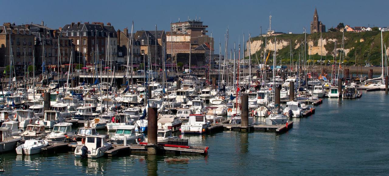 Le port de plaisance de la ville Dieppe accueillera l'arrivée des skippers de la Solitaire Urgo Le Figaro.