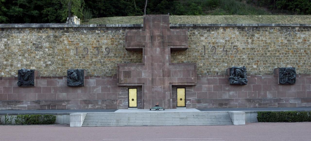 Dimanche, au Mont-Valérien, où plus de mille résistants et otages furent fusillés entre1941 et1944, sera lu l'Appel de Londres.