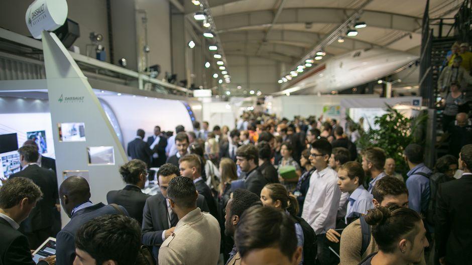 Installé dans le hall Concorde, le Paris Air Lab accueille une centaine de start-up, dont 50% venues de l'étranger.