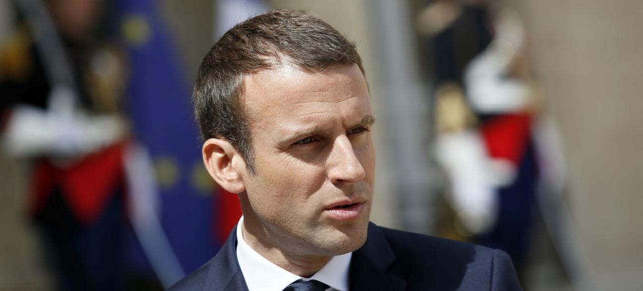 Ajoutée à cette surprise des urnes, la nouvelle progression de l'abstention finit par poser un véritable problème démocratique: Emmanuel Macron vient de recevoir un tout premier avertissement.