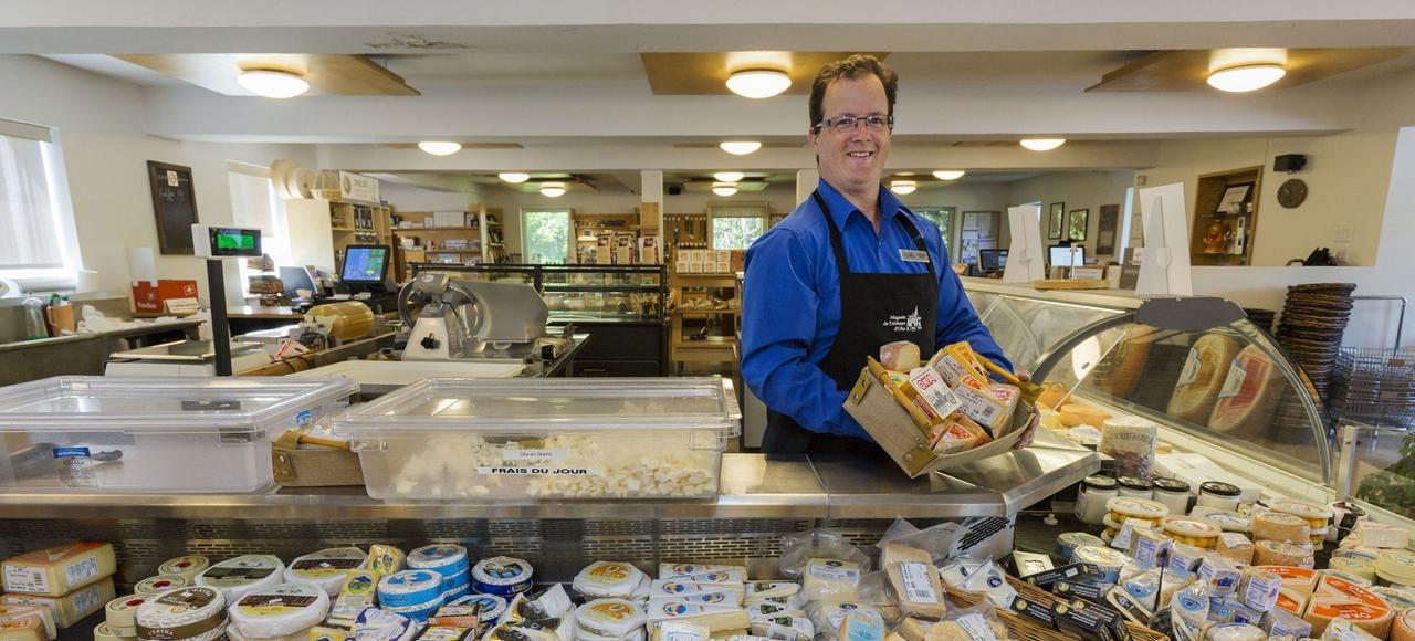 Les importations de fromages en provenance de l'Union européenne et d'autres régions du monde constituent actuellement 5% du marché canadien.