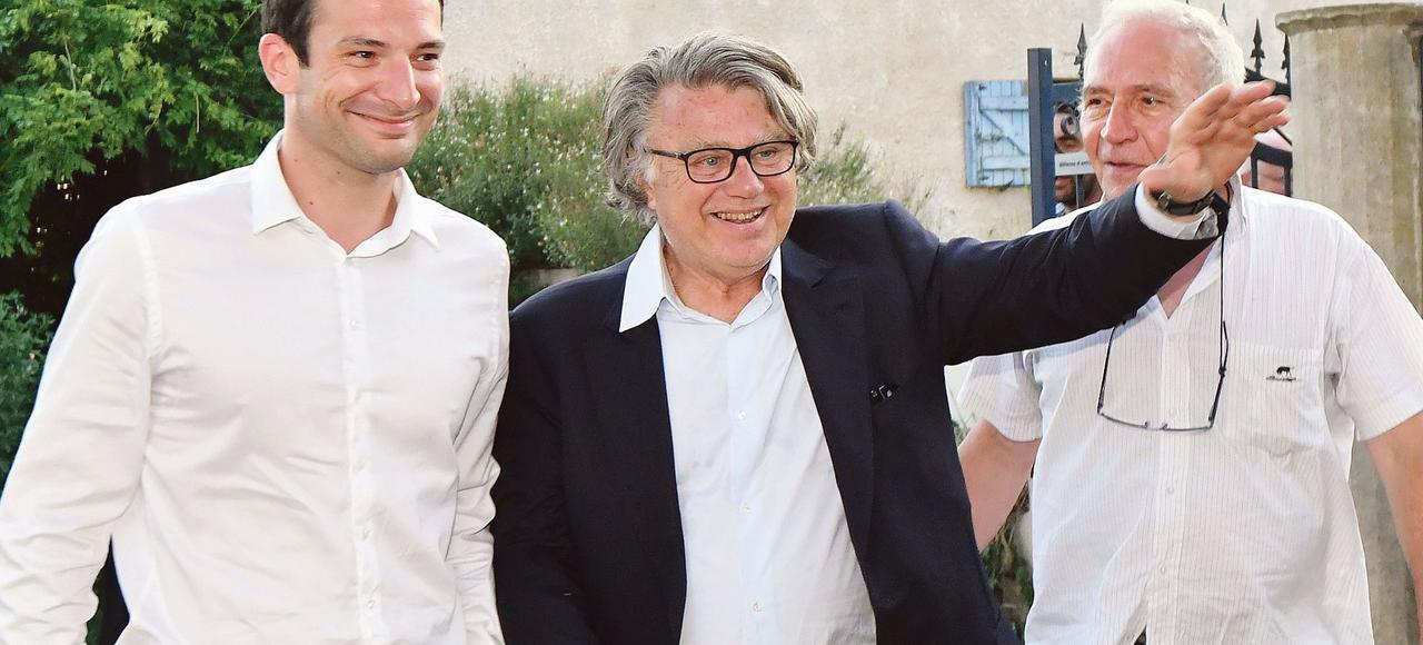 Le député FN sortant Gilbert Collard a été réélu dimanche dans la seconde circonscription du Gard, devançant l'ex-torera Marie-Sara Lambert (LREM) de 123 voix, selon les résultats officiels.