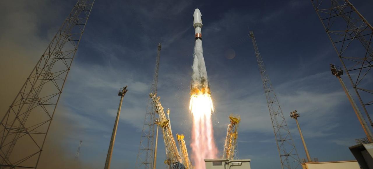 Le premier arrêt de la cour d'appel de Paris, attendu mardi, pourrait compromettre la poursuite des lancements des fusées russes Soyouz depuis Kourou, en Guyane (ci-dessus en octobre 2012).