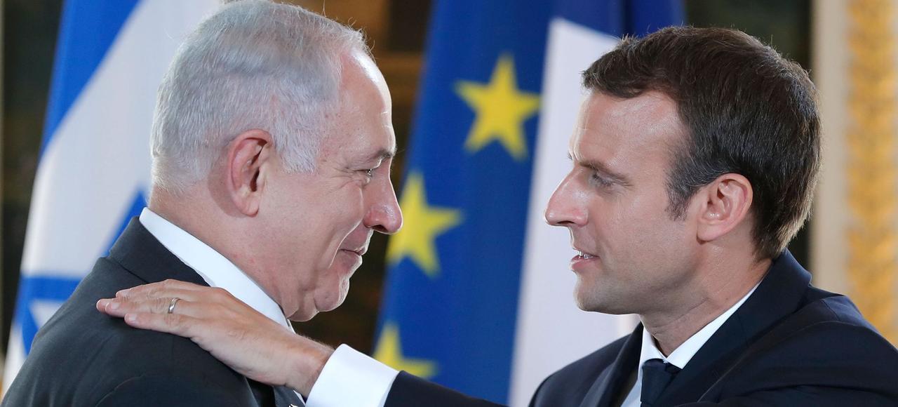 Benjamin Nétanyahou et Emmanuel Macron, dimanche au Palais de l'Élysée.