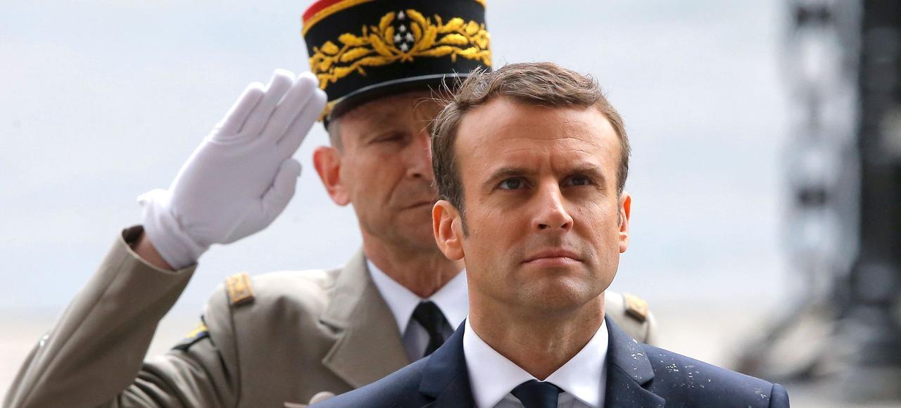 Passe d'armes Macron/Villiers : un chef ne devrait pas dire ça…