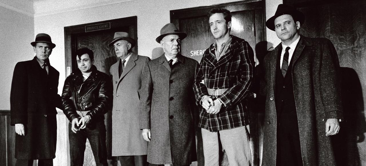 Une scène de <i>De sang-froid</i> adapté à l'écran par Richard Brooks en 1967 avec John Forsythe, Robert Blake, James Flavin, Scott Wilson, Gerald S. O'Loughlin.