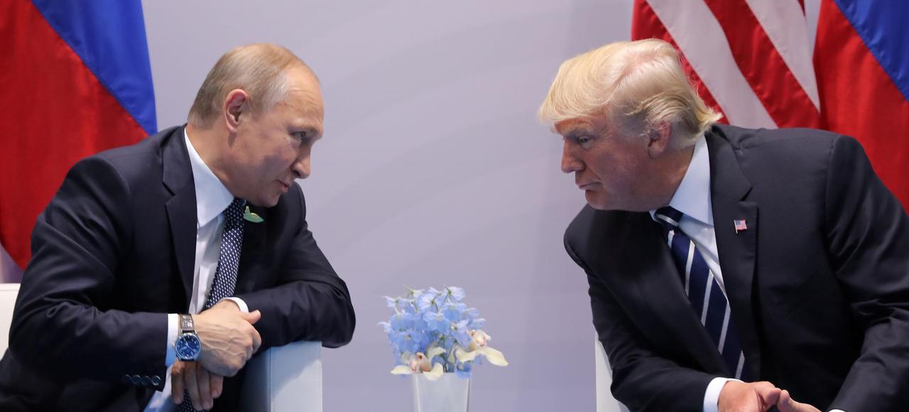 Vladimir Poutine et Donald Trump en conversation privée lors du G20 à Hambourg le 7 juillet