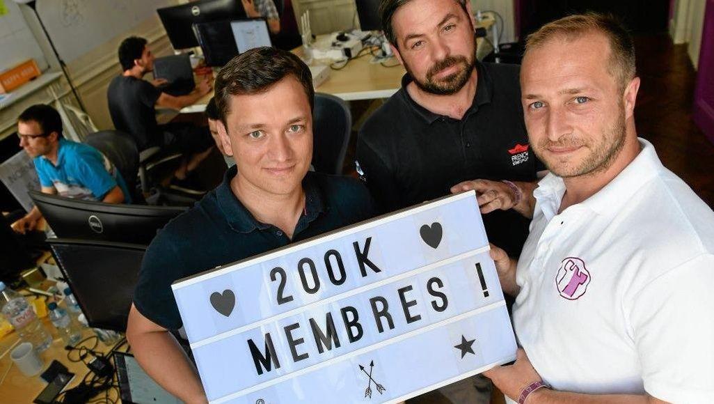 Nicolas Davoust, Ulric Le Grand et Enguerrand Léger, les cofondateurs de Gens de Confiance, qui compte plus de 200.000 membres.