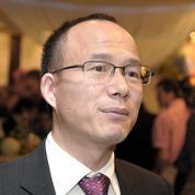 Le patron du Club Med réapparaît, mais les doutes persistent