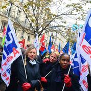 Le PDG d'Air France envisage un référendum pour débloquer la situation sociale