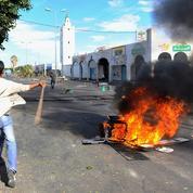 Après le Printemps arabe, la transition démocratique difficile pour les Tunisiens