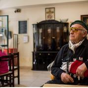 En Grèce, les retraités subissent la cure de rigueur de plein fouet