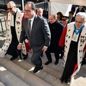 Hollande tente de rassurer l'institution judiciaire