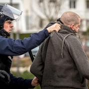 Calais, Marseille, Ajaccio: l'État est nu