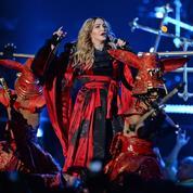 Madonna, à deux doigts d'une nouvelle chute sur scène