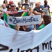 Afrique du Sud: le président Zuma cible de toutes les attaques