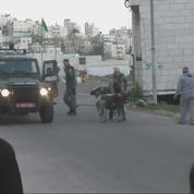 Un Palestinien en chaise roulante renversé par un soldat israélien