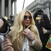 Kesha, contrainte par la justice à travailler pour Dr. Luke qu'elle accuse de viol