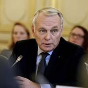 Comment Jean-Marc Ayrault espère faire revenir les touristes en France