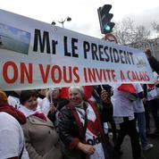 Commerçants, chefs d'entreprise... plus de 500 Calaisiens manifestent à Paris