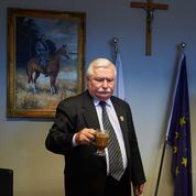 Lech Walesa se dresse contre ses accusateurs