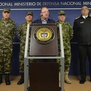 Démonstration de force des paramilitaires colombiens