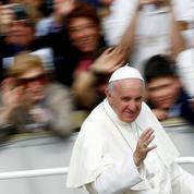 Les méthodes adogmatiques du pape François