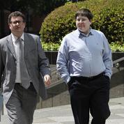 Deux ans de prison pour un journaliste accusé d'avoir aidé les Anonymous