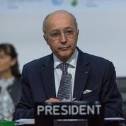 Fabius s'étonne de ne pas être invité à la signature de l'accord de la COP21
