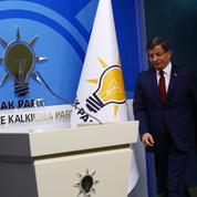 Erdogan pousse son premier ministre vers la sortie