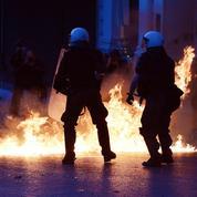 La Grèce sous tension adopte de nouvelles mesures de rigueur