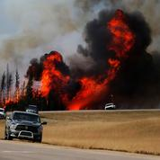 Incendies au Canada: la région de Fort McMurray connaît enfin un léger répit