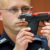 États-Unis : l'arme du meurtrier d'un adolescent noir mise aux enchères
