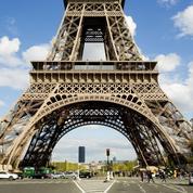 Comment gagner une nuit au 1er étage de la Tour Eiffel