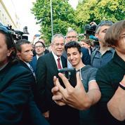 Autriche: l'extrême-droite battue, l'écologiste élu président