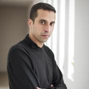 Six mois après les attentats, Omar Dmoughi vit dans la peur