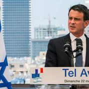 Valls critiqué pour son voyage à l'étranger en pleine crise du carburant