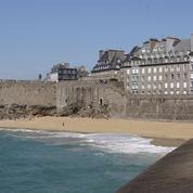 La pénurie d'essence pèse aussi sur le tourisme en France