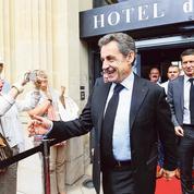 Sarkozy plaide pour l'extension du service minimum