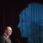 Les maires accueillent sans enthousiasme les cadeaux de Hollande