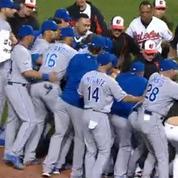 L'énorme bagarre générale dans un match de baseball