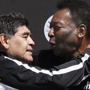 Maradona et Pelé font la paix au Palais Royal
