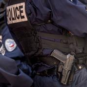Satisfecit après l'étendue de l'armement hors service aux policiers