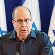 En Israël, un ministre évincé brave Nétanyahou
