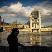 Les cadeaux électoraux de Hollande coûteront 6,5 milliards d'euros en 2017