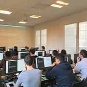 Il manque 20.000 codeurs en France, la formation décolle