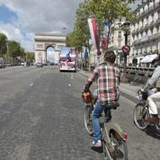 Les pistes d'Anne Hidalgo pour «réenchanter» les Champs-Élysées