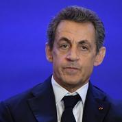 Primaire à droite : Sarkozy se défend de tout «mélange des genres»