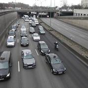 Uber vent debout contre la proposition de loi qui encadre l'activité des VTC